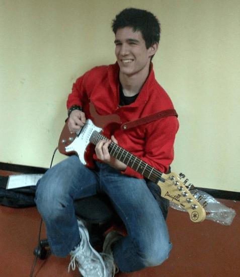 Rubén Moraleda Sánche. Redactor de música y guitarra