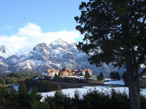 Encuentra vuelos baratos a Bariloche